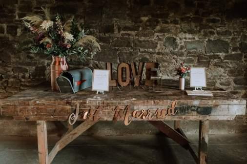 guardswell farm wedding styling