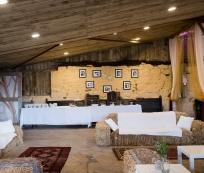 Comrie_croft_wedding_seating_area