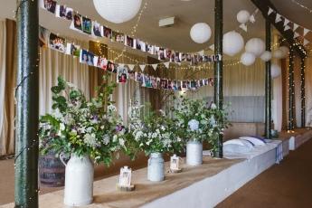 Pratis_barns_wedding_styling_churns