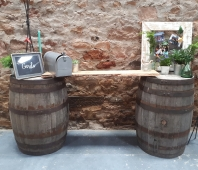 Kinkell_byre_decor_welcome_table