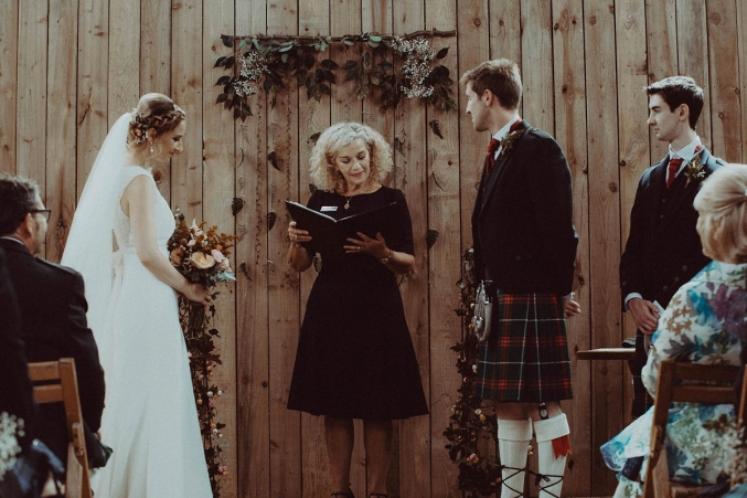 Dalduff_barn_wedding_foliage_backdrop