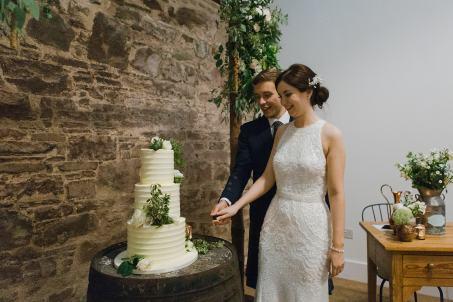 Guradswell_farm_wedding_hannah_dan