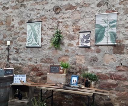 Kinkell_byre_wedding_greenery_entranceway