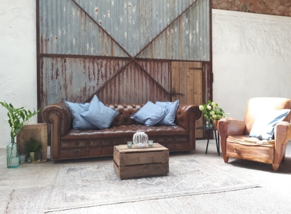 Cowshed_crail_rustic_prop_hire