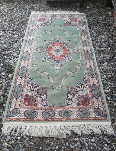 Green rug (6ft x 3ft) - Hire Cost £20