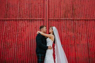 AmandaandGlen_fife_barn_wedding