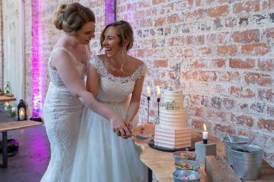 Naomi_Steph_weaving_shed_wedding